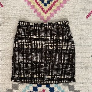 Black and white wool like pencil skirt